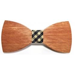 Dřevěný vyřezávaný motýlek Santal